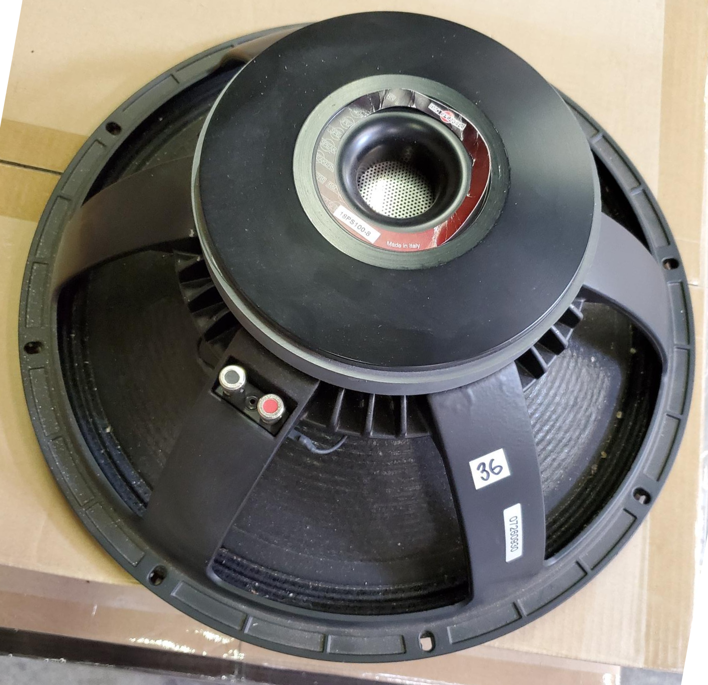 "The most powerful 18"" in the B&C ceramic product range with its 700 watts RMS power handling, the 18PS100-8 defines the low frequency reproduction ""state of the art""."