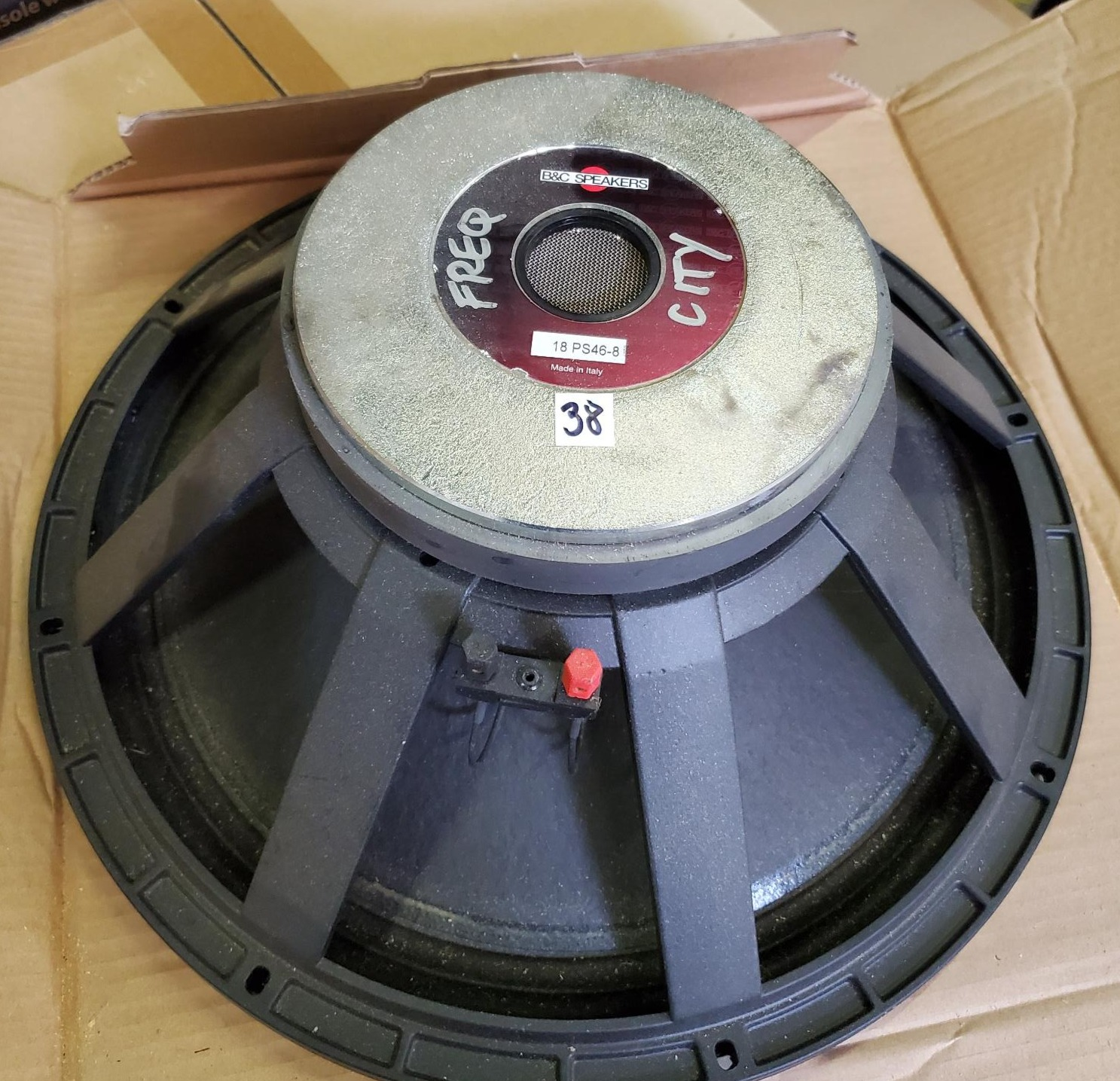 "Long excursion 18"" woofer with 700 watts RMS power handling for subwoofer applications where reproduction of the lowest frequencies is mandatory."